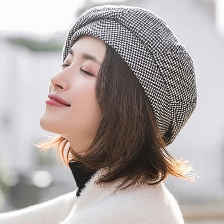 Elegant-Women-Vintage-Cotton-Plaid-Hats-Fashion-Octagonal-Beret-Cover-For-Winter-Female-Casual-beret-Autumn-3.jpg